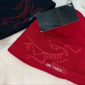 RED Arc'Teryx Bird Head Toque